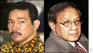 Tommy Suharto (l) and Akbar Tandjung