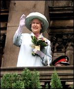 The Queen on the balcony of Liverpool Town Hall