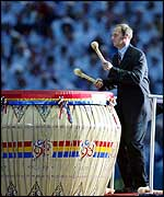 Sir Steve Redgrave bangs the ceremonial drum