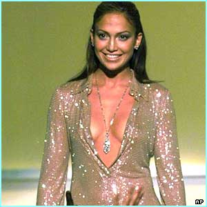 Jennifer always knows what's hot in fashion. Here she is at the VH-1 Fashion Awards in 1999