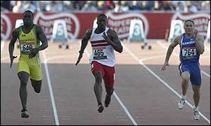 Dwain Chambers cruises to victory during the 100m heats