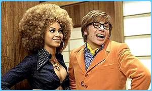 Beyonce Knowles as Foxxy Cleopatra and Mike Myers as Austin Powers