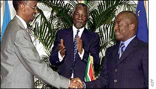 (l-r) Presidents Paul Kagame of Rwanda, Thabo Mbeki of South Africa and Joseph Kabila of DR Congo