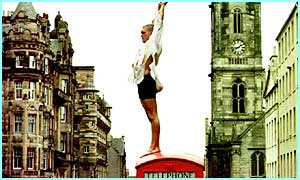 ig Spirit Theatre Company perform Hamlet on top of a phone box at the Edinburgh Festiva
