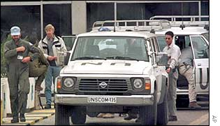 UN weapons inspectors in Baghdad in 1998