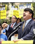 AFL-CIO Secretary-Treasurer Richard Trumka at a meeting to protest against Stanley Works' proposed corporate inversion