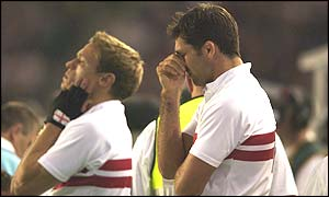 Nick Duncombe (left) and Pat Sanderson are dismayed as England lose