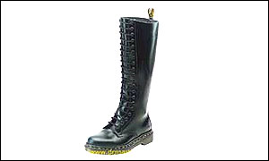 Dr Marten 20-hole boot