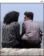 Couple on Marine Drive promenade, Bombay