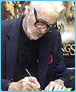 Christopher Lee (Saruman) signs copies of the DVD