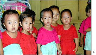 Children in a North Korean orphanage