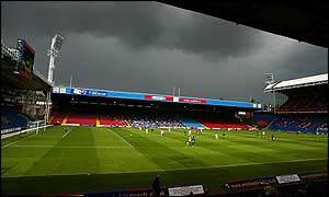 Selhurst Park is practically deserted as Wimbledon take on Gillingham