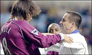 Dennis Wise tangles with Aston Villa's Juan Pablo Angel