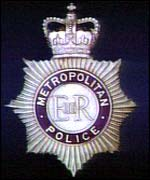 _38196295_badge150.jpg