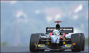 Anthony Davidson in the Minardi at the Hungaroring