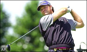 Retief Goosen slumps to a total score of one over par