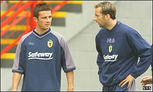 Barry Ferguson and Don Hutchison at Scotland training