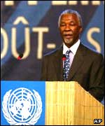 South Africa's President Thabo Mbeki addressing delegates at the World Summit on Sustainable Development