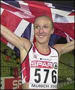 Paula Radcliffe celebrates after winning the European 10,000m title in Munich