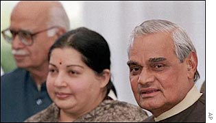 Jayalalitha (C) with Prime Minister Vajpayee (R) and Deputy PM Advani (L)