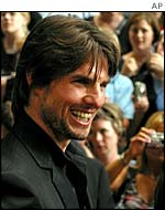 Tom Cruise at premiere of Minority Report in London