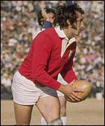 Gareth Edwards in action for the British Lions