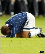 Paul Dickov in despair