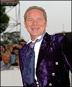Peter Mullan arriving at the awards ceremony