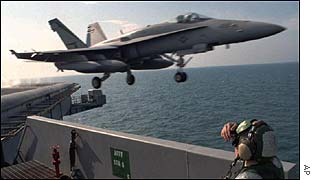 US plane takes off in Gulf
