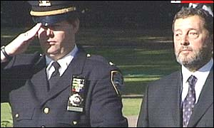 Lieutenant Frank Dwyer from the New York Police Dept, left and Home Secretary David Blunkett