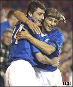 Shota Arveladze and Claudio Caniggia celebrate at Ibrox