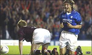 Claudio Caniggia celebrates after opening the scoring