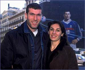 _38251516_veroniquezidane298