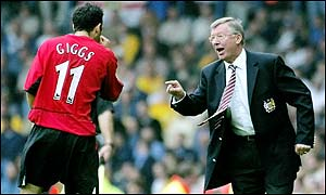 Ferguson shouts instructions to Ryan Giggs