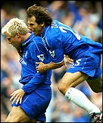 Eidur Gudjohnsen and Gianfranco Zola celebrate