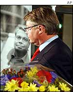 The leader of the Moderates Party, Bo Lundgren, beside his election poster