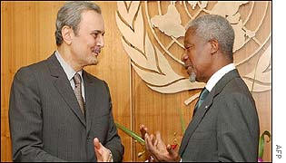 Saudi Foreign Minister Prince Saud al-Faisal (left) and United Nations' Secretary General Kofi Annan