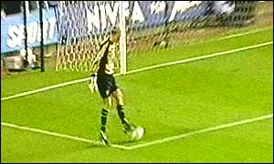 Peter Enckelman attempts to control Olof Mellberg's throw (picture from Sky Sports coverage)