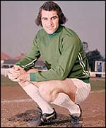 Peter Shilton poses for the cameras during his time at Leicester