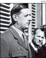 General Charles de Gaulle (l) and Maurice Papon