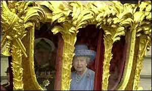 Queen Elizabeth II in gold carriage at golden jubilee celebrations