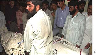 Bodies of Christian attack victims in Karachi