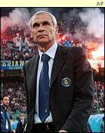 Inter Milan's Hector Cuper