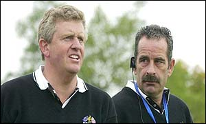 Colin Montgomerie in conversation with European captain Sam Torrance
