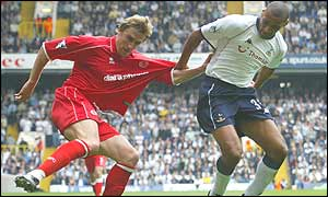 Dean Richards (right) struggles to contain Boro's Alen Boksic