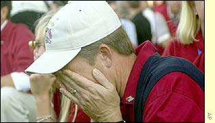 American team member David Toms holds his head in his hands as Europe win the 34th Ryder Cup