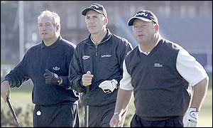Welsh trio Gareth Edwards joins fellow countrymen Phillip Price and Ian Woosnam at ther Dunhill Links tournament