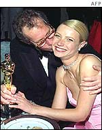 Bruce Paltrow and his daughter in 1999