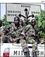 Ivorian army soldiers on the way to the front