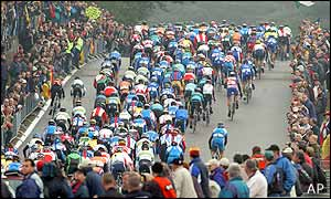 Many top riders including Tour de France winner Lance Armstrong and Jan Ullrich did not compete